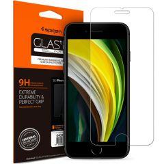 Spigen GLAStR Pellicola Protettiva iPhone SE (2020) / 8 / 7