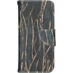 Custodia Portafoglio Flessibile iPhone 12 (Pro) - Wild Leaves
