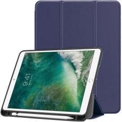 iMoshion Custodia Trifold iPad (2018) / (2017) / Air 2 / Air - Blu scuro