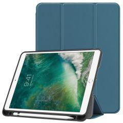 iMoshion Custodia Trifold iPad (2018) / (2017) / Air 2 / Air - Verde scuro