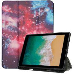 iMoshion Custodia a Libro Trifold iPad (2018) / (2017) / Air (2) - Space Design