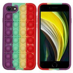 iMoshion Cover Pop It Fidget Toy iPhone SE (2020) / 8 / 7 - Multicolore