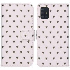 iMoshion Design Custodia a Libro Morbida Samsung Galaxy A51 - Hearts Allover White